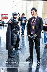 Batman and Penguin (**PhotoSchmoto**) Tags: c2e2comicon cosplay comics chicago event mccormick c2e22018 cosplayers party c2e2 comicon gotham batman penguin dccomics people holiday