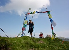 IMG_6131 (Marcia dei Tori) Tags: 2018 montespigolino italy skyrun marciadeitori mdt2018 caicarpi appennino appenninomodenese januacoeli paololottini running mountain italia emiliaromagna run sky flag tibetanflag