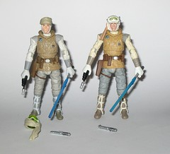 luke skywalker hoth outfit star wars the vintage collection VC95 2012 and the black series #02 2014 basic action figures hasbro b (tjparkside) Tags: luke skywalker hoth outfit star wars vintage collection tvc vc vc95 95 2012 basic action figure figures hasbro ice planet episode v five 5 tesb esb empire strikes back blaster pistol lightsaber hilt holster snow wampa taun scarf goggles scar collar black series 2014 02 375 inch
