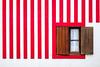(fernando_gm) Tags: averio portugal red rojo pared wall minimalista minimalist minimalism window ventana lineas lines fuji fujifilm xt1 35mm f14 europa europe simplicity simple simplicidad