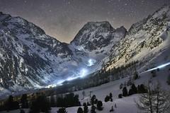 Macte animo, generose puer, sic itur ad astra (Karl Le Gros) Tags: patrouilledesglaciers patrouilledesglaciers2018 xaviervonerlach 2018 pdg valdhérens cantonduvalais switzerland mountains landscape snow nightscape