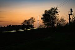 Muessen Bahndamm ICE 907 HHa - Bs (Wolfgang Schrade) Tags: langzeitbelichtung ice db ice907 müssen kbs100 zug eisenbahn hochgeschwindigkeitszug
