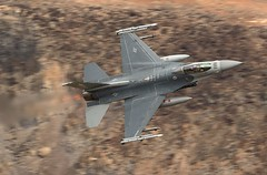 TOASTER (Dafydd RJ Phillips) Tags: f16 fighting falcon vermont vipers death valley star wars canyon jedi transition low level california