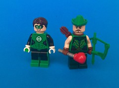 Arrows and Lanterns (RooFigs) Tags: green arrow lantern lego black bow boxing glove ring hal jordan oliver queen justice league dc comics super hero superhero