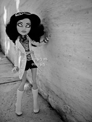 (Linayum) Tags: scarahscreams mh monster monsterhigh mattel doll dolls muñeca muñecas toys toy juguetes monochrome linayum