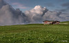 Sibillini - Prati di Ragnolo nel silenzio della sera (Luigi Alesi) Tags: italia italy marche macerata acquacanina prati di ragnolo bolognola parco nazionale dei monti sibillini baita del fondo national park paesaggio landscape scenery natura nature primavera spring cielo sky nuvole clouds nikon d750 raw