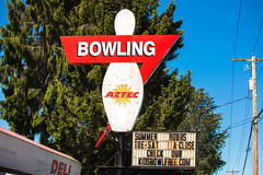 Aztec Bowling Machine (Thomas Hawk) Tags: america aztecbowling olympia usa unitedstates unitedstatesofamerica washington washingtonstate bowling bowlingalley neon us fav10 fav25