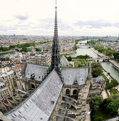Notre-Dame (szeke) Tags: notredame paris france cathedral church cityscape panorama building spire seine river bridge