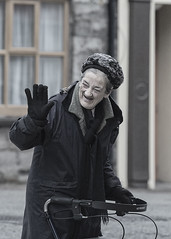 A friendly wave (Frank Fullard) Tags: frankfullard fullard candid street portrait friendly wave happy stroller friendship dingle kerry irish ireland sweet older elderly glove hat smile