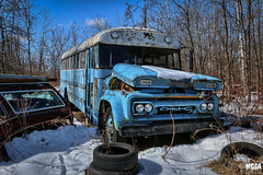 Last day of the week (Abandoned Rurex World.) Tags: autobus abandonné abandon hdr 2018 urban urbex rurex mga explore abandoned lost place old vintage decay derelict ue exploration urbaine canon 1022mm 70d forgotten 1961 gmc school bus