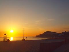 WONDERFUL BEACH WITH SUNRISE P5114518 (hans 1960) Tags: sun sunrise sonne sonnenaufgang sol soleil atardecer himmel sky sand wasser beach strand cala rockfelsen mittelmeer spanien espania mallorca spiegelung outdoor landschaft landscape rettungsturm lifeguard