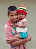 Dans mes bras...Navadhi ..India (geolis06) Tags: geolis06 asia asie inde india bihar navadhi village portrait street rue famille family child olympus enfant rural bébé baby
