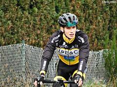 DSCN3496 (Ronan Caroff) Tags: cycling cyclisme ciclismo cyclist cycliste cyclists velo bike course race sport sports man men junior juniors rain pluie france bretagne breizh brittany 35 illeetvilaine trophéelouisonbobet louisonbobet bobet fédéralejuniors effort