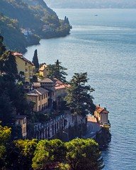 Sul lago di Como in un mattino d'autunno (giorgiorodano46) Tags: ottobre2017 october 2017 giorgiorodano lombardia italy lagodicomo lario lakecomo lago lake lac bellano nikon