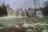 Frente a la cascado - Facing the waterfall (teredura58) Tags: waterfall cascada rio river corriente stream pedrosa de tobalina alavavision