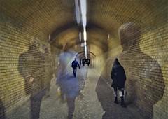 Tunnelblick (frau g) Tags: am ende des tunnels stimmt