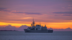 HMCS Calgary (Paul Rioux) Tags: marine warship hmcs calgary ship vessel frigate canadian forces royalcanadiannavy navy naval military salishsea clouds prioux sea boat water mountain sky ocean sunrise morning