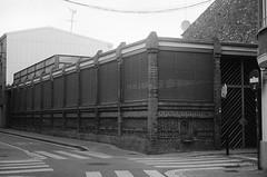 Safareig / Old lavoir (SBA73) Tags: sabadell vallès vallèsoccidental catalunya catalonia old past heritage patrimoni industrial ihagee exakta exaktavx 1955 slr tessar carlzeiss filmnotdead safareig lavoir fontnova modernisme modernista artnouveau washing