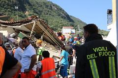 Terremoto Ischia 2017 (Dipartimento Protezione Civile) Tags: terremoto ischia protezionecivile dpc dipartimentodellaprotezionecivile emergenza sisma ricerca soccorso
