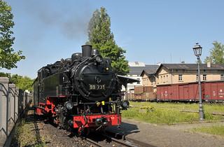Steam locomotive No. 99 731 awaits departure time with its train to Oybin at Hbf Zittau on the Zittauer Schmalspurbahn.