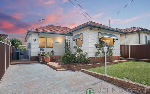 4 Arcadia Rd, Chester Hill NSW 2162