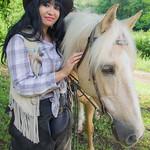 Modèle: Océane  Photo GEM Photo Emmanuel  Merci à Lucie et Emmanuel pour les chevaux-9151-1-2018 thumbnail