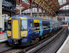 Southeastern Trains . 375923 . Victoria Station , London . Friday 25th-May-2018 . (AndrewHA's) Tags: london victoria railway station train southeastern trains class 375 electrostar electric multiple unit 375923 passenger service 2a28 canterbury west