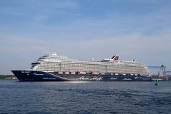 P1580036 (Lumixfan68) Tags: schiffe kreuzfahrtschiffe tui cruises ships cruise liner mein schiff 1 kiel hafen kieler port förde