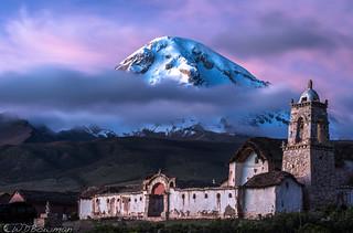 Volcan Sajama and Tomarapi Capilla
