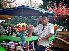 That look 👀 (-Faisal Aljunied - !!) Tags: streetphotography eyecontact indonesia jakarta faisalaljunied