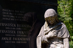 Faulkner (Torsten Reimer) Tags: graves grabmal memorial olšanycemetery friedhof prague europa gravestones statue prag graveyard europe tschechien czechia cemetery czechrepublic cz