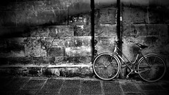 Parked up ! (Explored) (CJS*64) Tags: florence italy tuscany cjs64 craigsunter cjs blackwhite bw blackandwhite whiteblack whiteandblack mono monochrome bike bicycle parkedup panasonic panasoniclx100 lx100