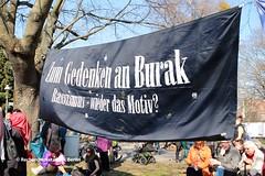 08.04.2018 Berlin: Gedenkdemonstration und Enthüllung der Gedenkstatue für Burak Bektas in Neukölln (RechercheNetzwerk.Berlin) Tags: burakbektas neukölln gedenkdemonstration rassismus
