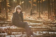 spring mode: on (brooneq) Tags: noisenetpl noise brunociechorski boy child kid spring portrait canon 7d