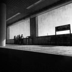 platform Secaucus (Le Xuan-Cung) Tags: platformsecaucus fromprincetontopennstation newyorkcity usa streetphotography bigcity citylife group sw bw nb streetlife streetshots streetscene lightsandshadows blackandwhite noiretblanc livinginnyc livininnewyork livinginusa