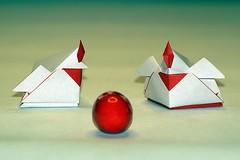 'Hen Shaped Box' (Akiko Yamanashi) (De Rode Olifant) Tags: origami 3d paper paperfolding akikoyamanashi henshapedbox easter marjansmeijsters chicken tanteidan origamitanteidanconventionbook20 origamichicken origamihen origamibox box