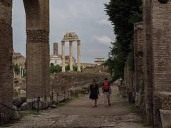 Couple in Roman Forum (VaMedia) Tags: couple forum rome vamedia