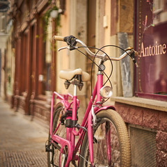 Pink! (Caropaulus) Tags: bike 100bicyclesproject 100bicycles bokeh alpha7 rokkor minolta strasbourg