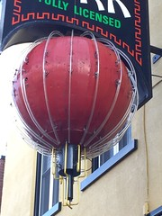 New York Restaurant (jericl cat) Tags: newyork chinese canadian restaurant brockville ontario canada neon sign ball red plastic