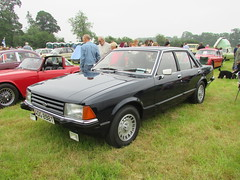 Ford Granada 2.8 GL ADG898T (Andrew 2.8i) Tags: berkeleycastle berkeley glos gloucestershire classic classics car cars show german saloon v6 cologne mark mk 2 mk2 2800gl 28gl 2800 gl 28 granada ford