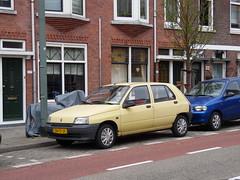 Renault Clio 1.2 RL (27 05 1991) (brizeehenri) Tags: renault clio 1991 zn17jf schiedam