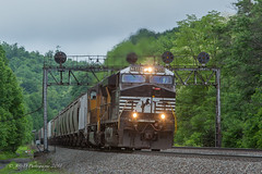 NS GE ES44DC @7648 @ Lilly, PA (Darryl Rule's Photography) Tags: 1943 2018 amtrak clouds cloudy diesel diesels emd freight freightcar freighttrain freighttrains ge helpers may middledivision mixedfreight ns norfolksouthern ocs passenger passengertrain railroad railroads sd70ace spiritoftheunionpacific spring train trains up unionpacific westslope