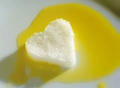 Salt in Olive oil (rdavo58) Tags: macromondays condiment hmm macromonday olives oliveoil salt heart