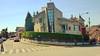 17-04-18 018 (Jusotil_1943) Tags: 170418 naranco chalet building architecture señales trafico hedges setos pasodecebra