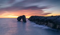 CASTRO DE LAS GAVIOTAS (JUAN GALLART) Tags: españa hontoria amanecer playalahuelga castrodelasgaviotas largaexposicion nikond750 nubes colores rocas