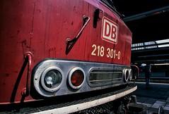 218 301 at Karlsruhe Hbf (rolfstumpf) Tags: germany deutschland deutschebahn deutschebundesbahn karlsruhe hbf br218 218301 altrot bahn eisenbahn trains railway railroad locomotive portrait fujichrome provia