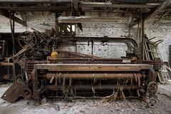 Leri Tweed Mill 2018 (scrappy nw) Tags: abandoned scrappynw scrappy derelict decay forgotten canon canon750d wales mill leritweedmill industrial interesting urbex ue urbanexploration urbanexploring uk rotten rust machine