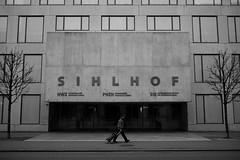 S I H L H O F (maekke) Tags: zürich sihlhof architecture symmetry humanelement reflection streetphotography x100t fujifilm 35mm bw noiretblanc 2018 switzerland ch