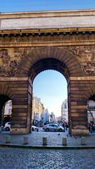 552 Paris en Février 2018 - la Porte Saint-Martin et la rue Saint-Martin (paspog) Tags: paris france février februar february 2018 portesaintmartin ruesaintmartin