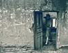 La porte ouverte (KRAMEN) Tags: fotógrafo cámara puerta perfil portrait